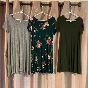 Old Navy swing dresses 3 in a bundle